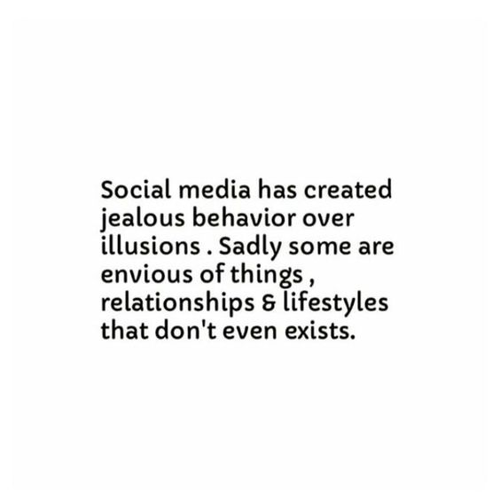 hayleyxmartin - money doesn't buy happiness - social media illusion quote