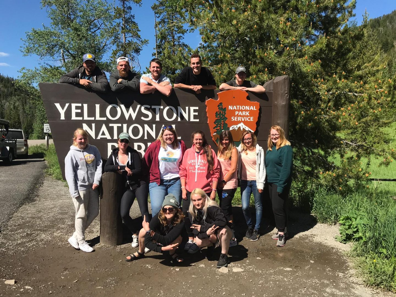 TREK AMERICA | GRAND TREK | DAY 32&33: YELLOWSTONE NATIONAL PARK