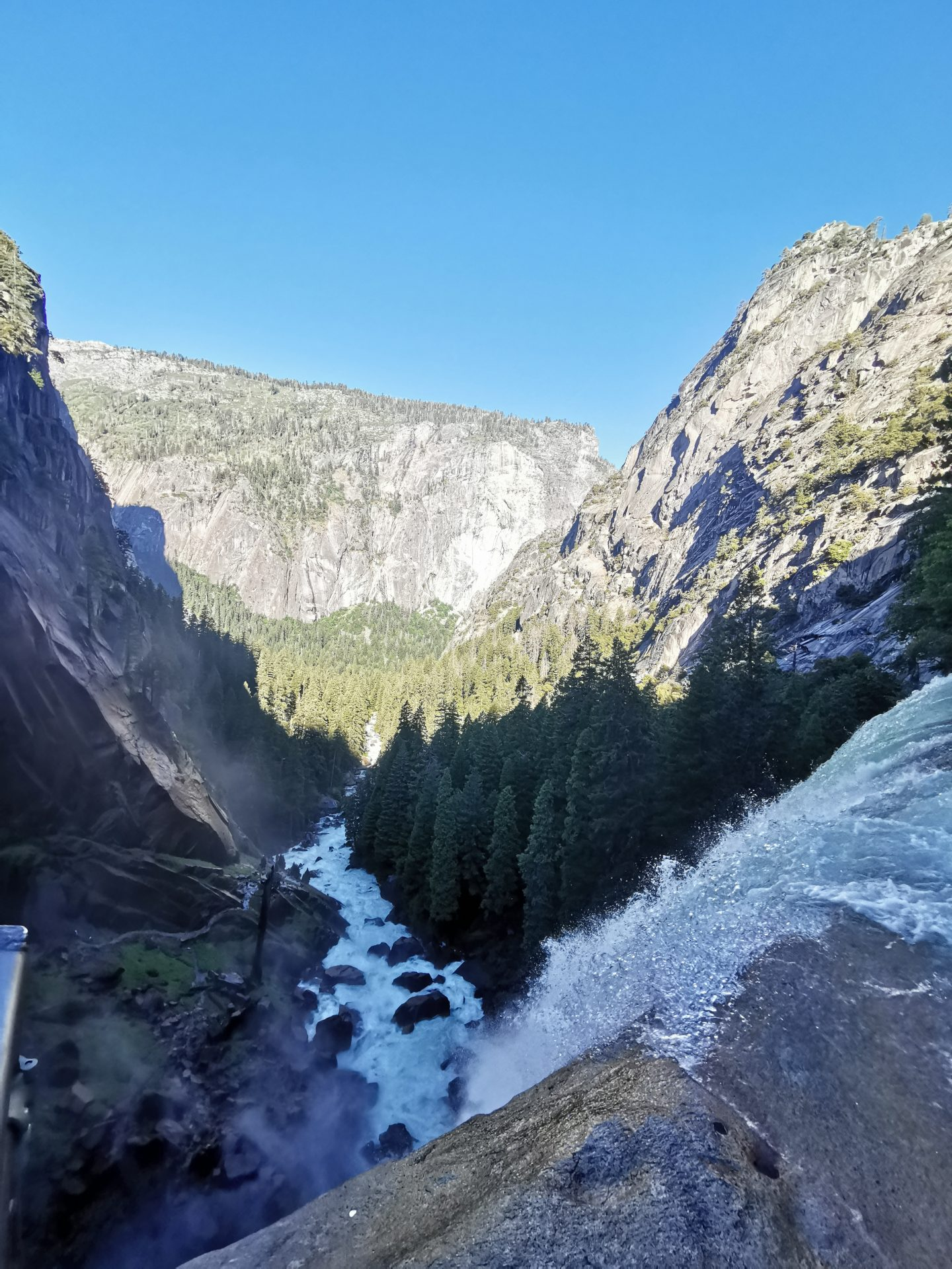 TREK AMERICA | DAY 26&27: YOSEMITE NATIONAL PARK | VERNAL FALLS